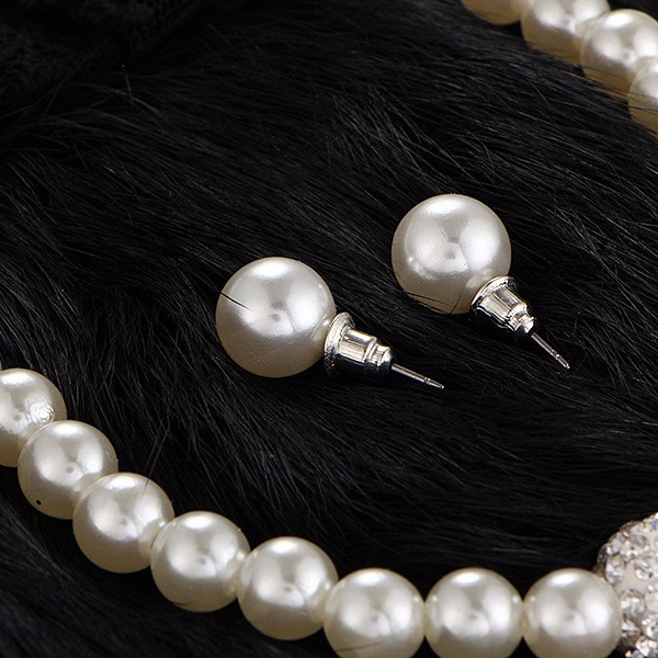 Crystal And Pearl Decorated Complete Jewelry Set