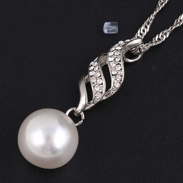 Silver Pearl Necklace Earrings Bridal Fashion Jewelry Set