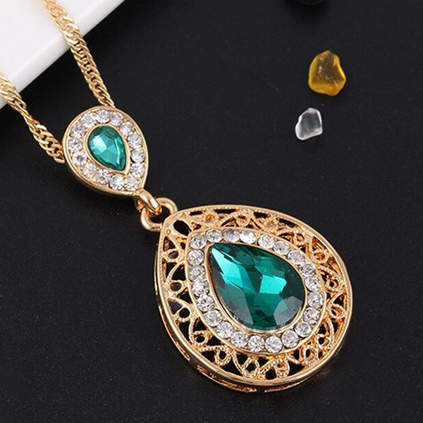 Green Color Crystal Chain Necklace Earrings Jewelry Set