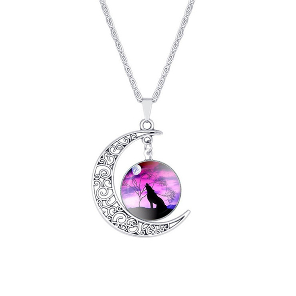 Multicolor Round Wolf Chain Pendant For Women