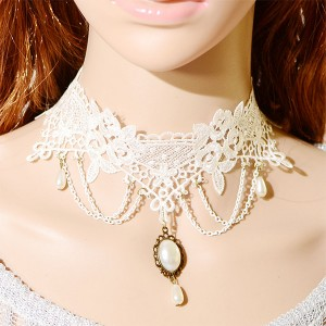 Elegant Design Fashion Short Chain Necklace White Lace Choker