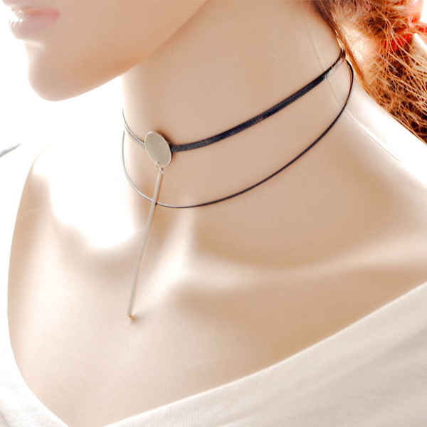 Simple Style Fashionable Pendant Necklaces Black Chokers