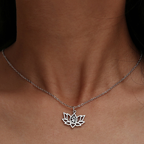 Engraved Flower Silver Plated Chain Pendant