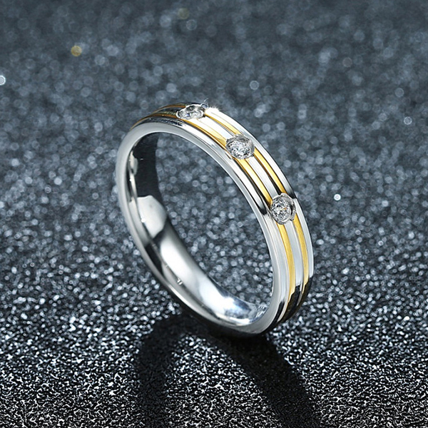 Titanium Series Steel Couple Women Ring Golden Jewelry