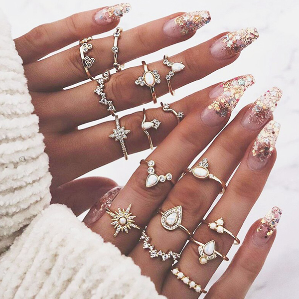 Sixteen Pieces Casual Vintage Style Gold Plated Rings Set