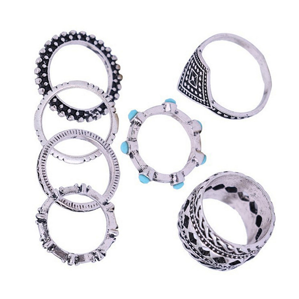 Luxurious Rhinestone Crafted Rings Set For Women