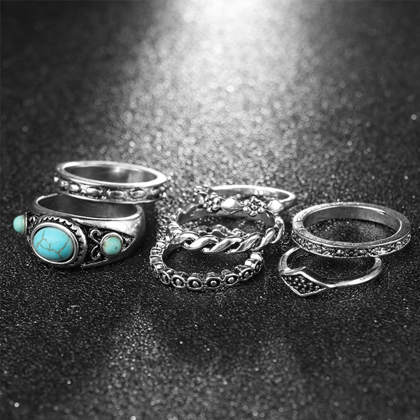 Seven Pieces Silver Coated Blue Rhinestone Rings Set