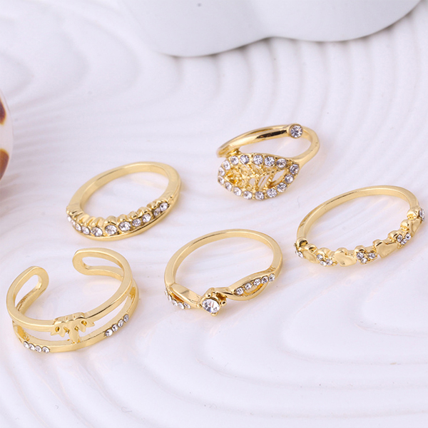 Gold Plated Crystal Five Pieces Rings Set
