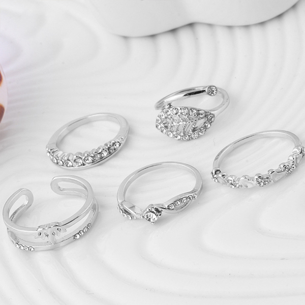Silver Plated Crystal Five Pieces Rings Set