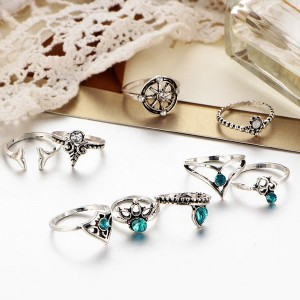 Nine Pieces Bohemian Blue Crystal Rings Set