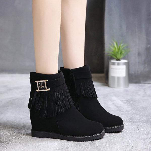 Tassel Buckle Belt Vintage Special Boots - Black