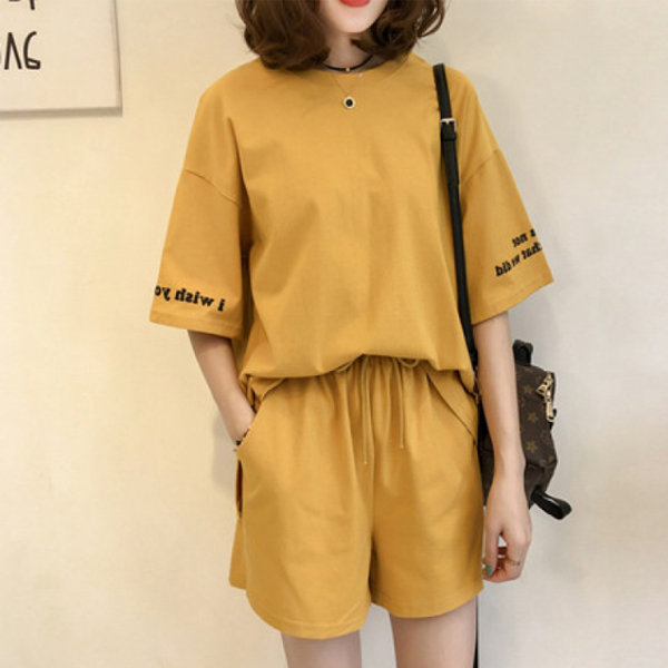 Loose Solid T-Shirt With Shorts Two Pieces Suit - Yellow