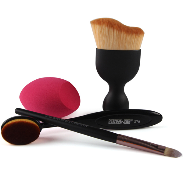 Set of Four Latest Make-up Brushes For Women Black