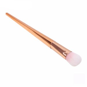 New Stylish Seven Pieces Makeup Brushes Set For Women
