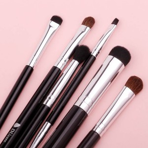 Six Pieces Best Quality Multi Makeup Brushes Set