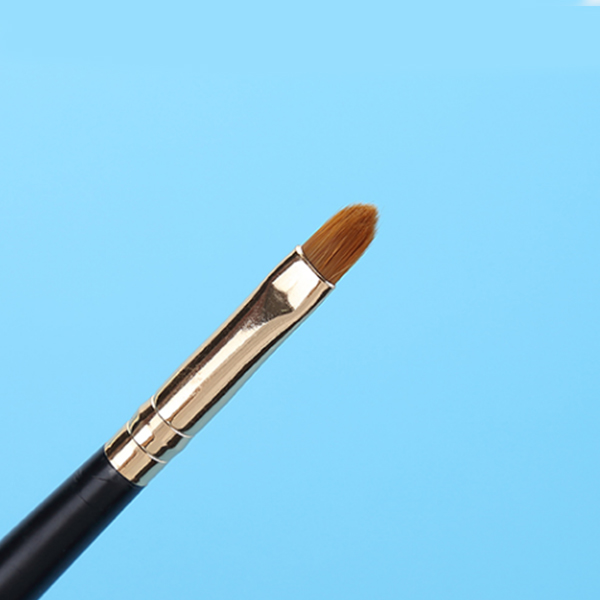 Pointed Golden High Quality Lip Brush
