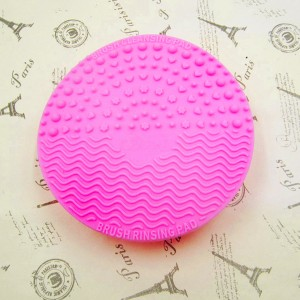 Round Shaped Silicon Brush Cleaner - Hot Pink