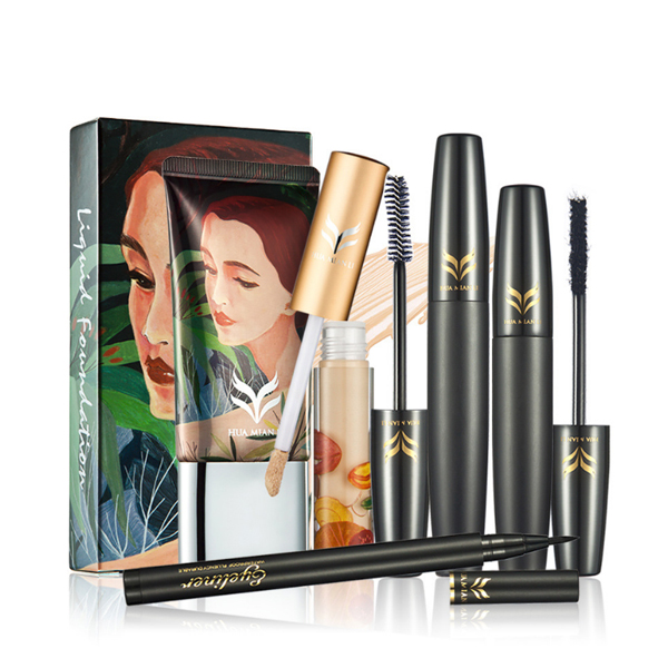 Four Pieces Cosmetics Set Mascara With Foundation