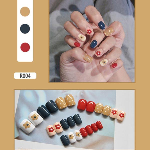 Contrast Easy Adhesive Nails - Polka Dots