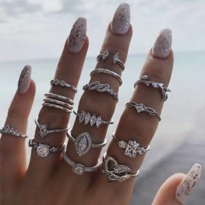 Women Hollow Diamond Heart Ring 15 Pieces Set - Silver
