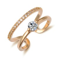 Woman Crystal Zircon Ring - Golden