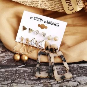 6 Pairs of Ladies Rhinestone Fashion Earrings Set - Golden