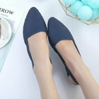 Lining Texture Pointed Casual Wear Sandals - Blue