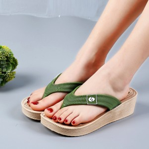 Thick Bottom Flip Flop Casual Women Slippers - Green