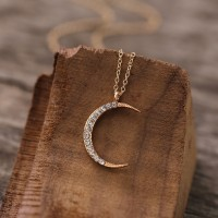 Crystal Decorative Moon Carved Chain Pendant - Golden