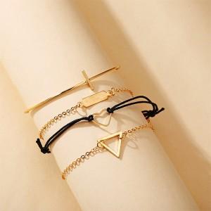 Trendy Geometric Heart Shaped Women Bracelet - Golden