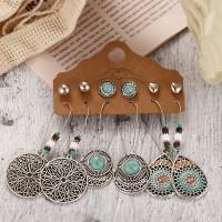 Rhinestones Floral Dangle Design Women Earrings - Silver