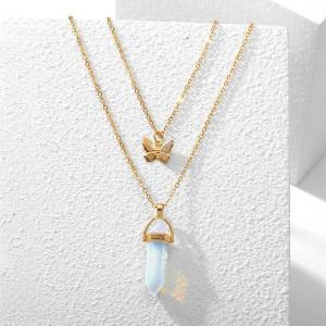 Elegant Pendant Butterfly Necklace For Women - Golden