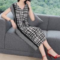 Printed V Neck Midi Length Casual Dress - Gray