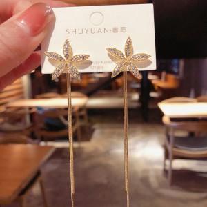 Flower Tassel Fashion Earrings - Golden