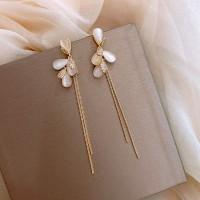 Ladies Fashion Simple Earrings - Golden