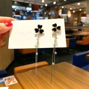 Flower Tassels Long Thin Earrings - Black