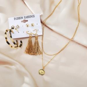 Acrylic Tassel Fashion 5 Pieces Women Earrings Set