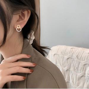 Girls Round Rhinestone Fashion Stud Earrings - Golden