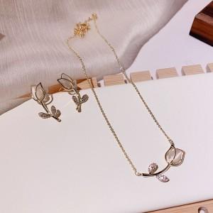 3 Pieces Ladies Rose Jewelry Set - Golden
