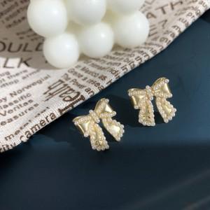 Ladies Elegant Bow Pearl Earrings - Golden