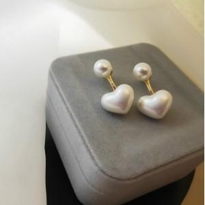Girl Fashion Heart Pearl Earrings - Golden