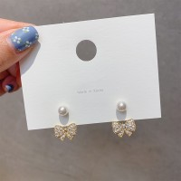 Girls Elegant Bow Pearl Earrings - Golden