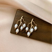 Girls Fashion Grape Pearl Earrings - Golden