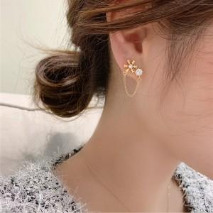 Girls Fashion Rhinestone Snow Earrings - Golden