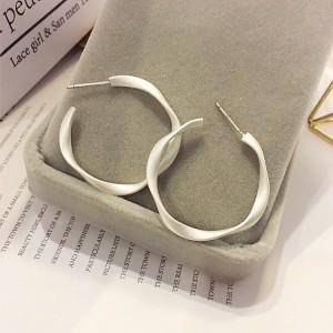 Woman Elegant Simple Round Earrings - Silver