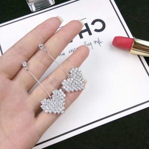 Heart Rhinestone Fashion Ladies Earrings - Silver