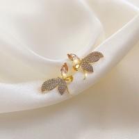 Ladies Crystal Dragonfly Earrings - Golden