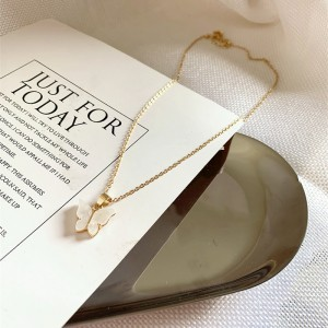 Ladies Butterfly Fashion Necklace - Golden
