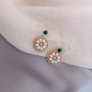 Ladies Pearl Circle Earrings - Golden