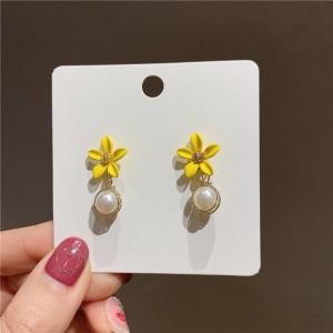 Girls Flower Pearl Fashion Earrings - Yellow